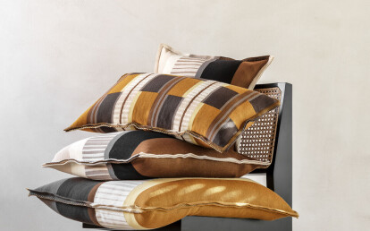 Velden cushions Mustard