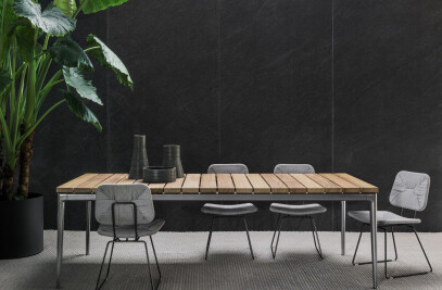 Pico Outdoor dining table | coffee table