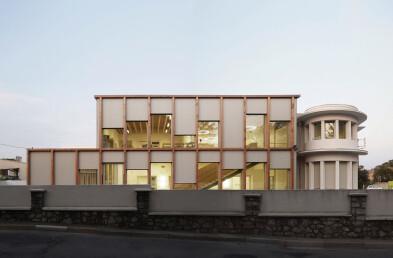 Les Calades School facade detail