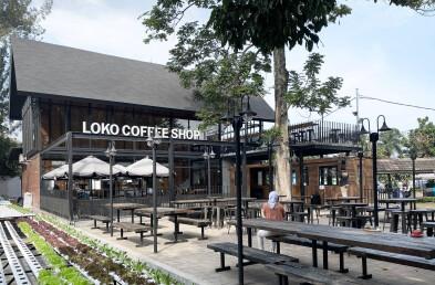 Loko Café ceiling section detail