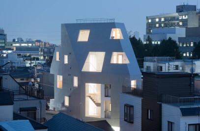 Kitasenzoku Apartment
