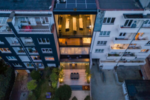 Infill project in Brussels uses glass to create intriguing spatial transitions