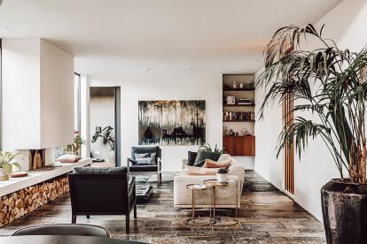 Bungalow, living room