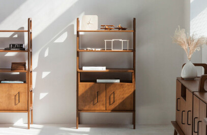 Mid century bookcase FRISK Midi with an open cabinet