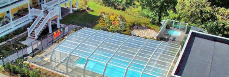 Claramount Inn & Spa Pool Enclosure