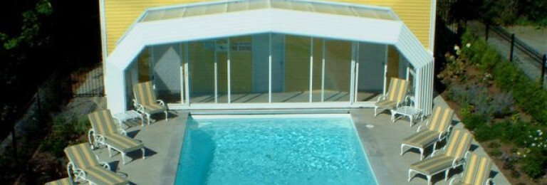 Claramount Inn & Spa Retractable Pool Enclosure