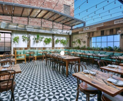 Sofia Restaurant Retractable Roof