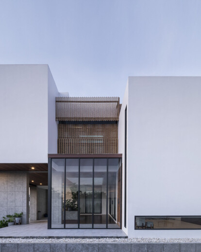 Stack-cube House