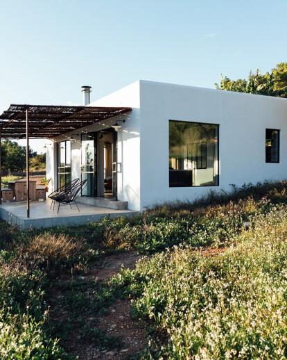 The Ibiza Campo Loft (a loft on the field)