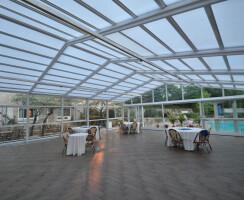Norwalk Inn Retractable Patio Enclosure