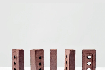 LESS - An ecofriendly waterstruck brick