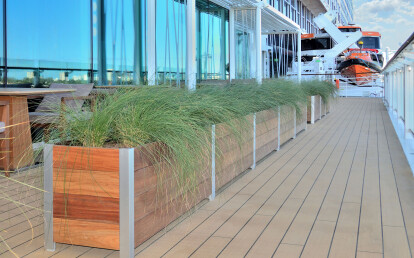 Mariner Commercial Planter Cruise Ship