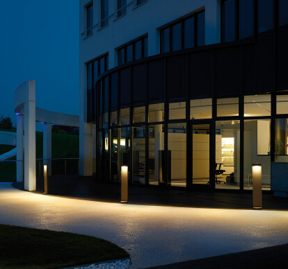 LED bollards - Asymmetrical or flat beam light distribution