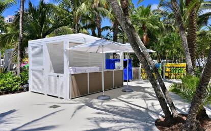Custom Weatherproof Resort Waterpark Pool Kiosk Desk with Computer Cabinets