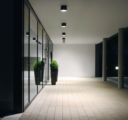 LED compact downlights - Symmetrical, asymmetrical or flat beam light distribution