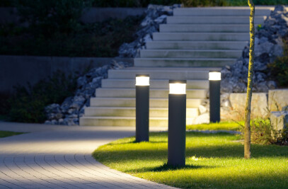 LED system bollards - Shielded with reflector · Light emission 180° or 360°