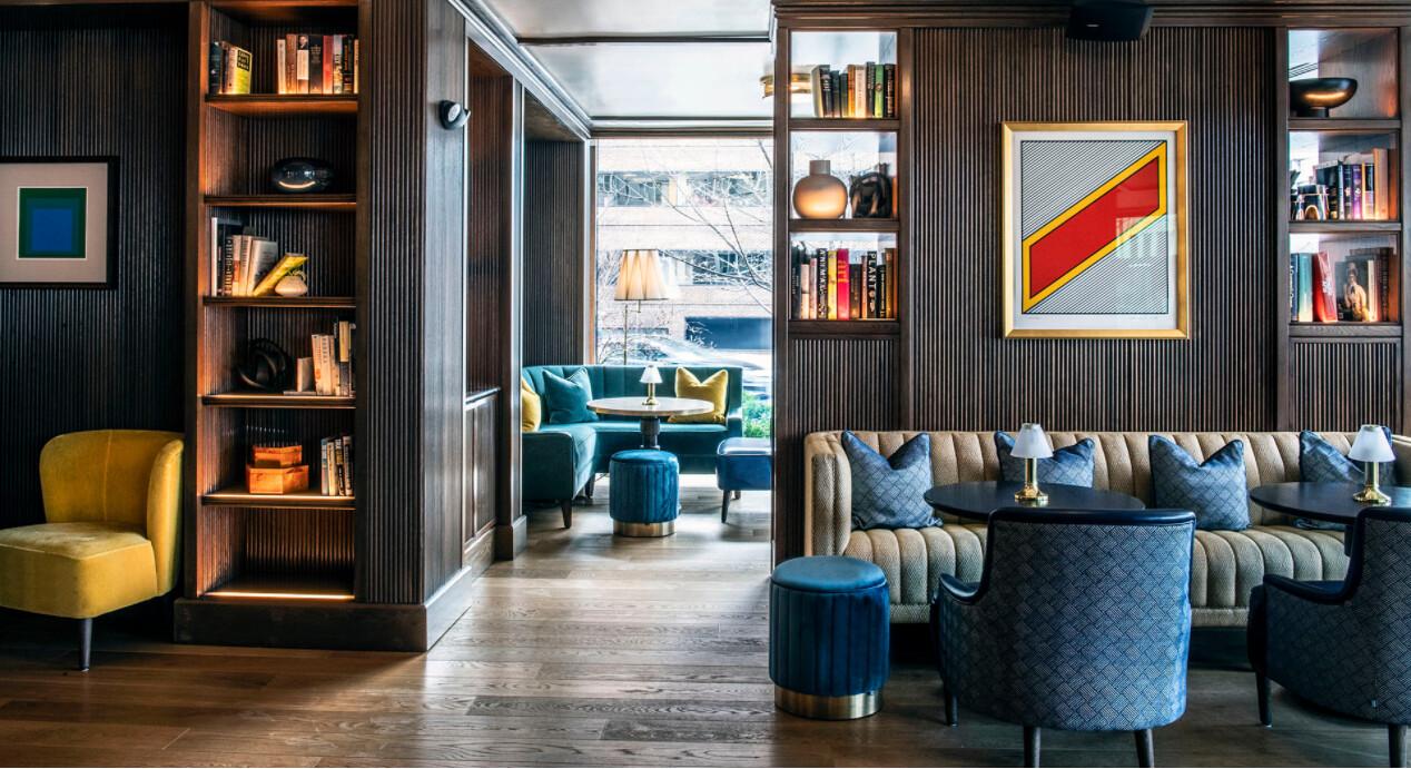 Full Wall - Seamless - Lounge