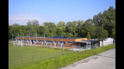 """Nuovo edificio spogliatoi presso il centro sportivo """"Capocasale"""" - Udine"""