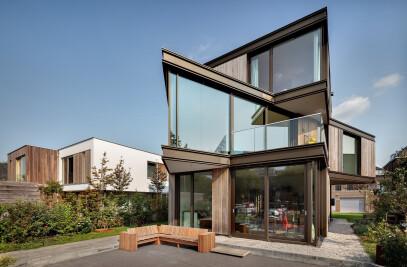House MG