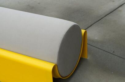 Monitor Bench