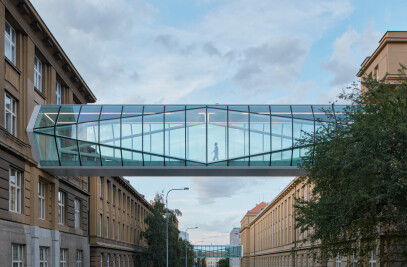 Connecting Footbridges UCT Prague