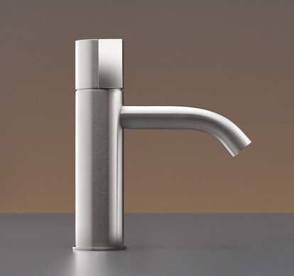 DET04 - Deck mounted mixer H. 175 mm with spout