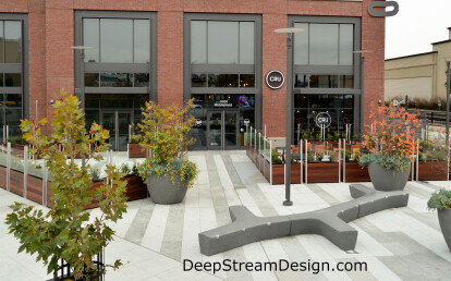 Movable commercial planters with integrated glass screen wall and lights