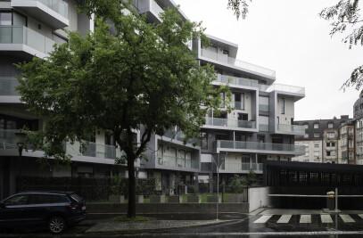 Housing Ypsilon in Ljubljana
