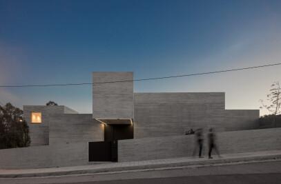 House MF