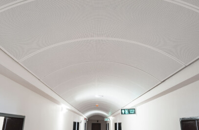 CURVED SUSPENDED CEILING SYSTEM-METAL