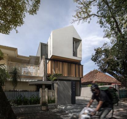 SN - House