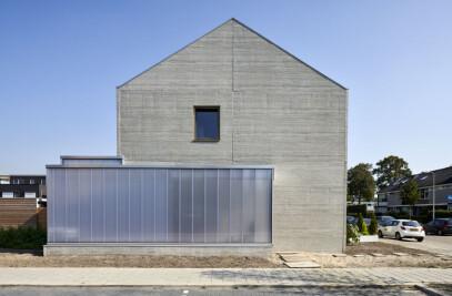 Concrete spil-level house