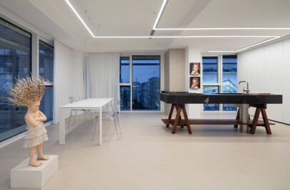 A3 - Art Curator's Stylish Apartment