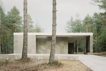 KAAN Architecten complete composed pavilion for Loenen National War Cemetery