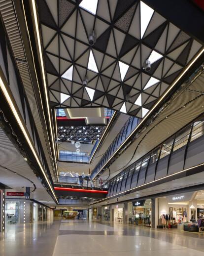 Shanghai Lujiazui Gala Mall