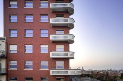 Torre Littoria Apartments