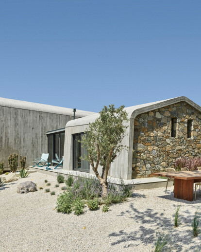 U House: A contemporary, vernacular, holistic, office/home solution for our times
