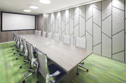 Corporatedge, Two Horizon Center