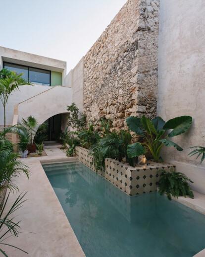 Canela House