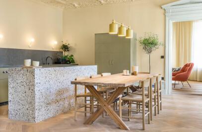 Hidden Tints – Minimalist Design Apartment