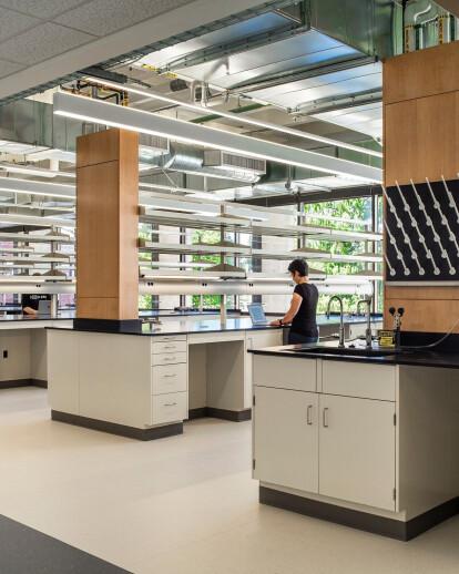 University of Oregon – Klamath Hall Synthetic
