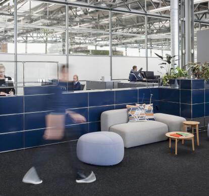 WORLD OF PLANTS FOR USM HALLER   Reception desk