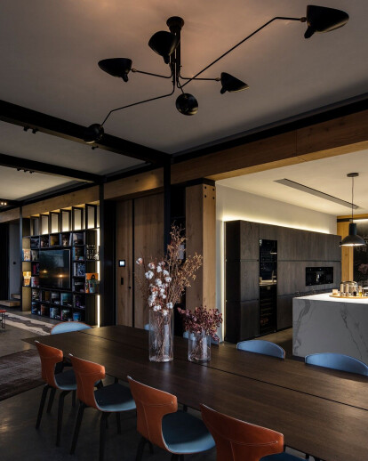 PH-13 Apartment