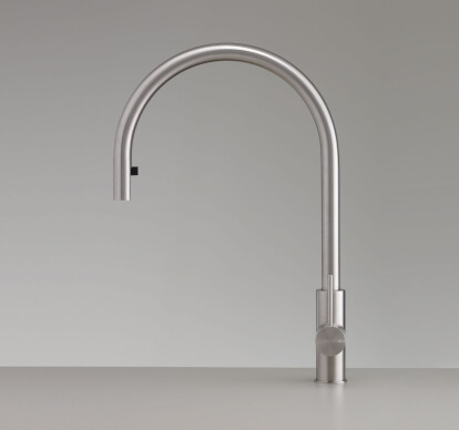 MIL201 - Deck mounted mixer with swivelling spout H. 460 mm and pull-out hand shower