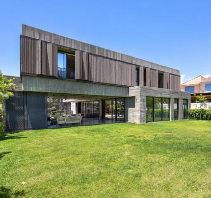 Concrete House @ Paniotis
