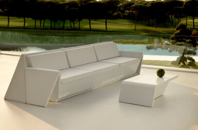 Rest Coffee Table