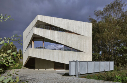 House N-DP