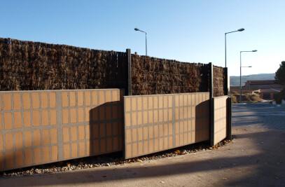 RIGID PANELS WITH ARCHITECTURAL CONCRETE FAÇADES