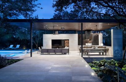 Longchamp | Outdoor Living