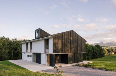 Anaz House